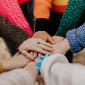 ET1. La experiencia de los movimientos feministas y del movimiento de cooperación transformadora.